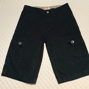 Levi's (boys) black size 18 shorts